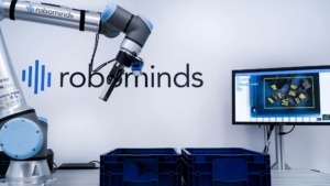 robominds: Robotic Startup for Artificial Intelligence in Industrial Robotic