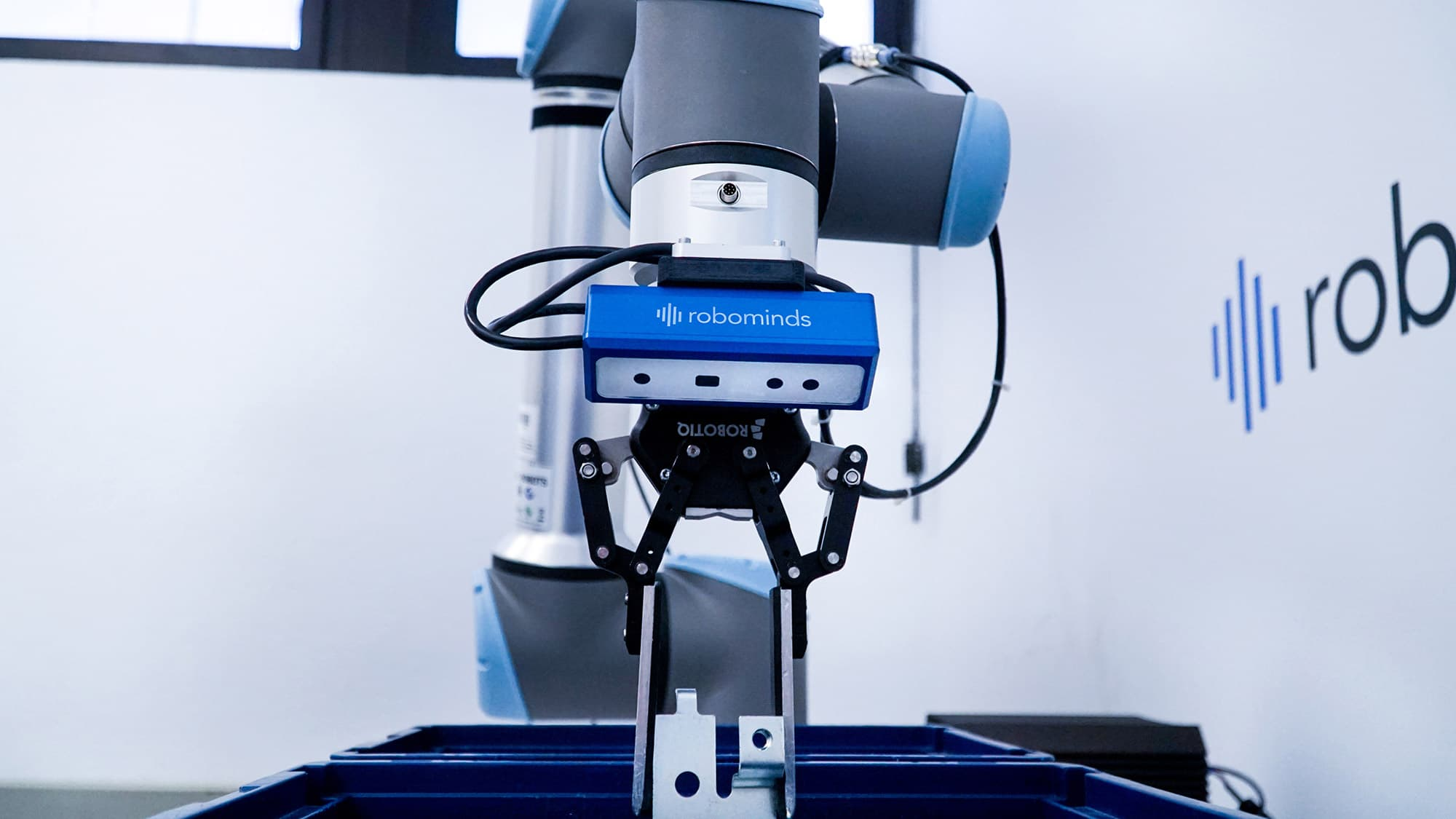 Roboter Vision System: robobrain.vision mit Kamera by robominds